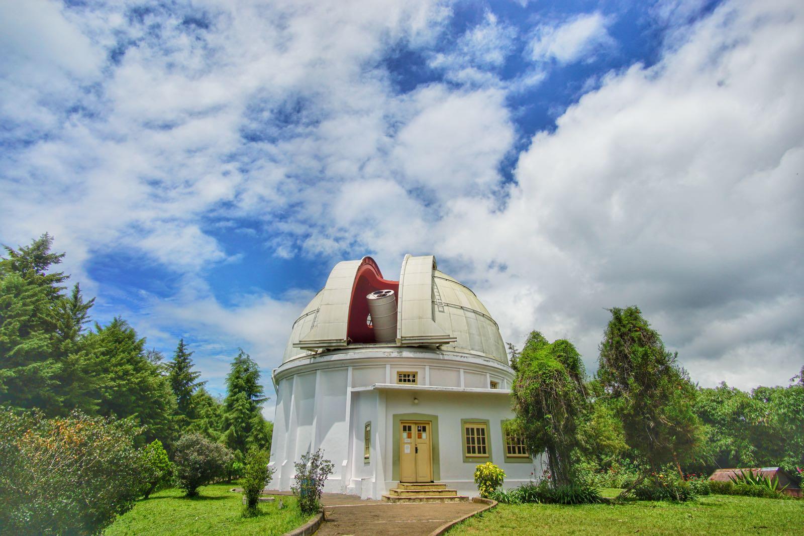 Destinasi Wisata Bosscha Observatory