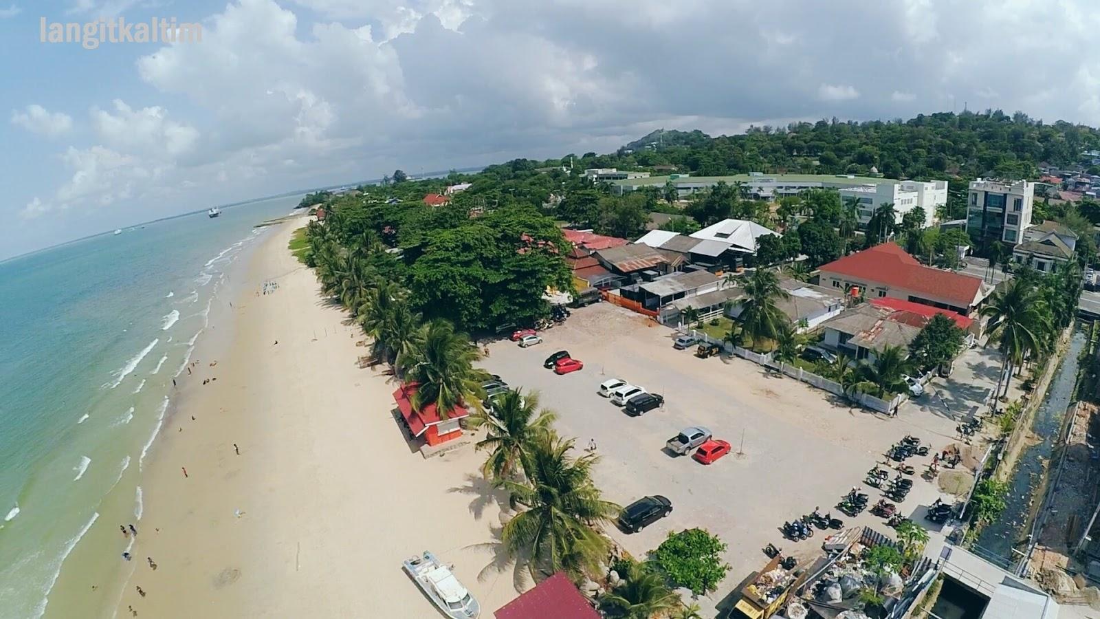 Wisata Pantai Kemala