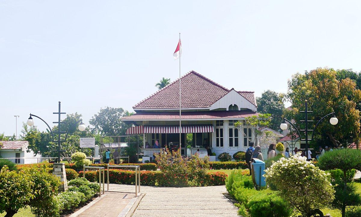 Liburan di Rumah Pengasingan Bung Karno, Bengkulu Utara