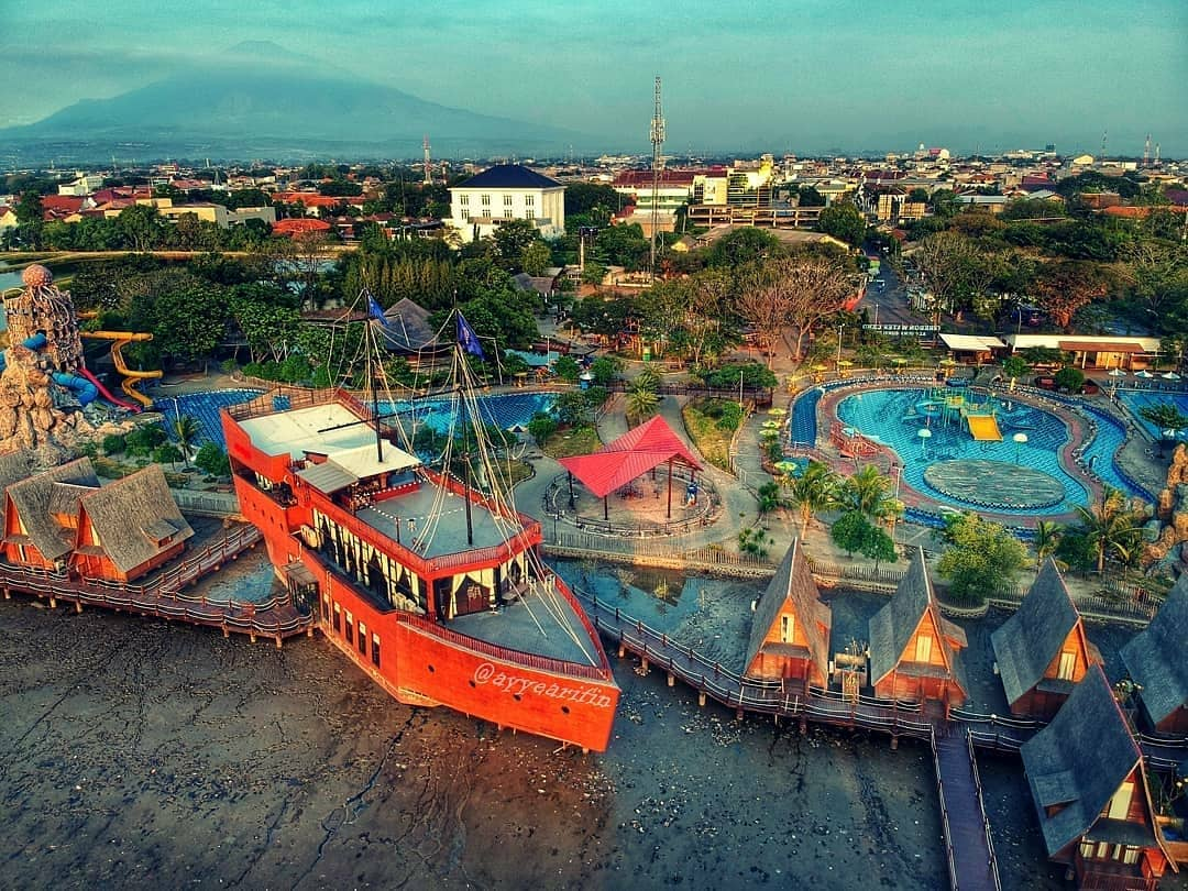 keindahan Ade Irma Suryani Nasution Traffic Park